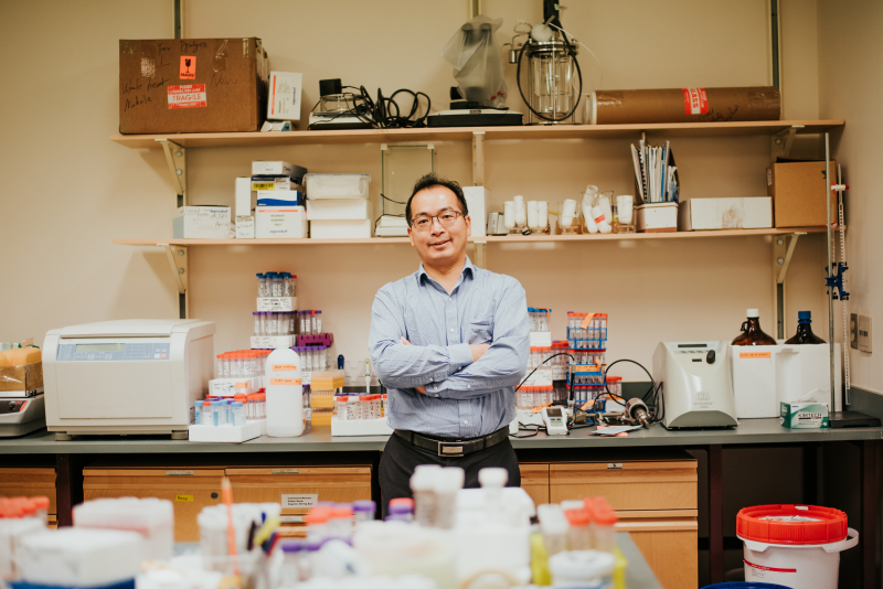 Dr. Jianbing Li's research will explore ways to separate the oil from the water while the response ships are still at sea.