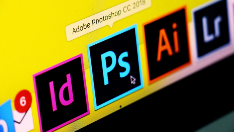 online graphic design courses and digital media