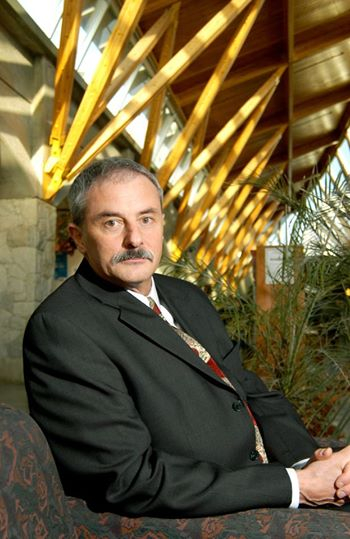 Dr. Don Cozzetto